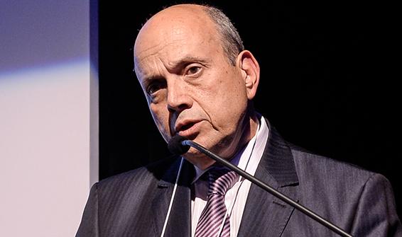 Eduardo Lucano daPonte1 Abrasca
