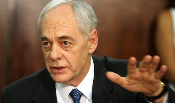 Reinhold Stephanes