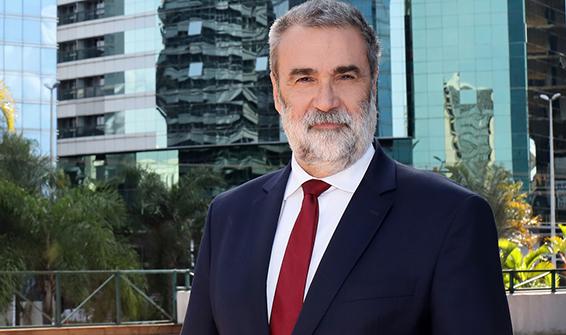 Renato Vilella1