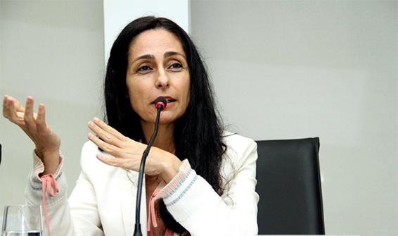 Solange Paiva Vieira